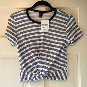Forever 21 Tops - Bundle of two crop t-shirts